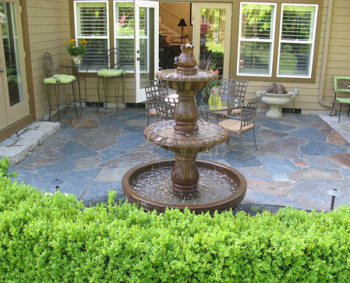 Stone patio courtyard archives dominion landscaping for Courtyard stone landscape